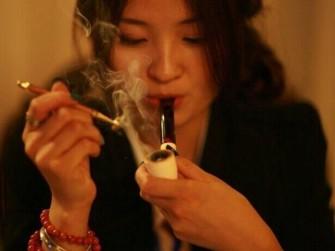 让我们做一个健康优雅的烟斗客